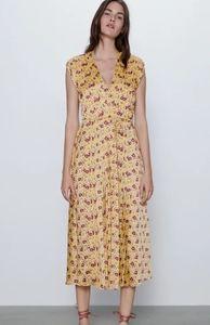 NWT Zara pleated floral dress